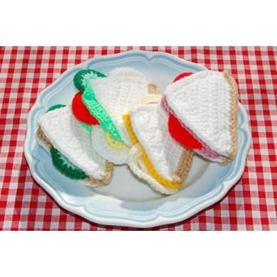 Crochet Pattern for a Selection of Sandwiches - Crocheted Food