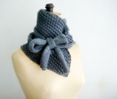 Bow Knit Cowl