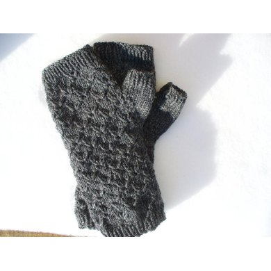 Broderie Mitts