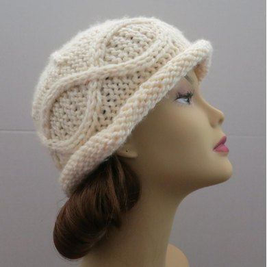 The Manchester Hat - A Bold Curvy Cable Bowler