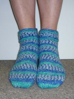 Slipper Socks in Plymouth Encore Worsted Colorspun - F227