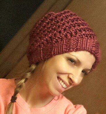 Spiral Slouchy Hat Loom Knitting pattern by Denise Canela 4a5068d7d1