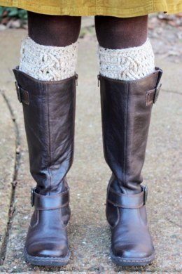 Three Cables Boot Cuffs