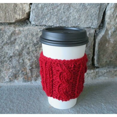 Koselig Cabled Cup Cozy