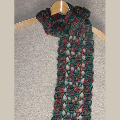 Chain of Hearts Scarf