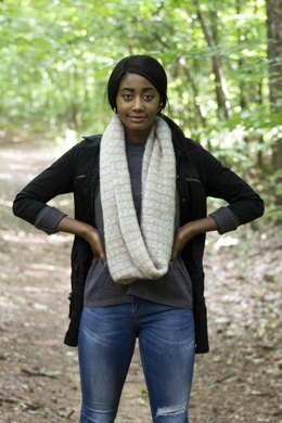 Choux Cowl in Rozetti Yarns Alaska - Downloadable PDF