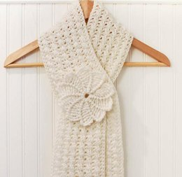 Lovely Textured Keyhole Scarf with Spiral Flower