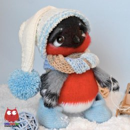 203 Bullfinch with hat and scarf