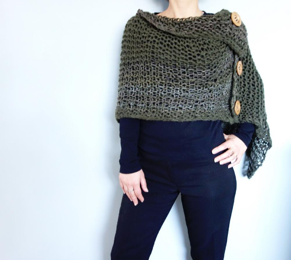 Knitting On The Net Buttonhole : Button loose knit poncho knitting pattern by camexiadesigns