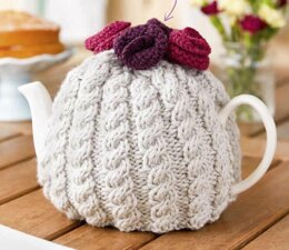 Cable Tea Cosy with Roses