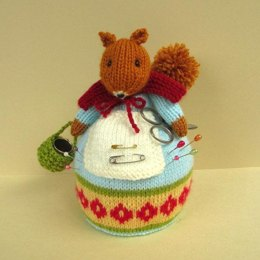 Pinny Fuzzytuft - squirrel pin cushion