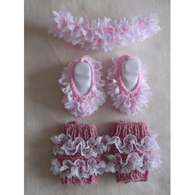 Lacy Headband, legwarmers and shoes