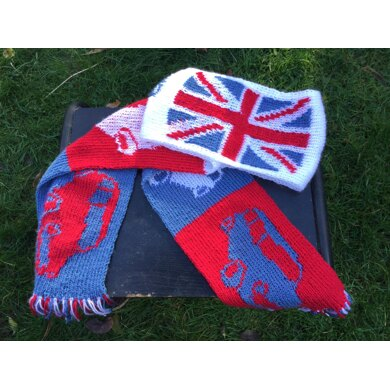 Mini car and Union Jack scarf