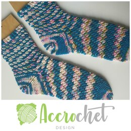 Crashing waves socks