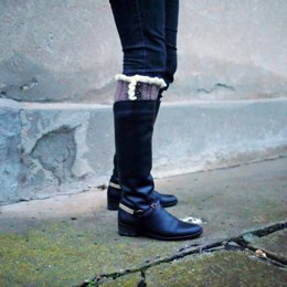 Knit look boot cuffs with ruffles