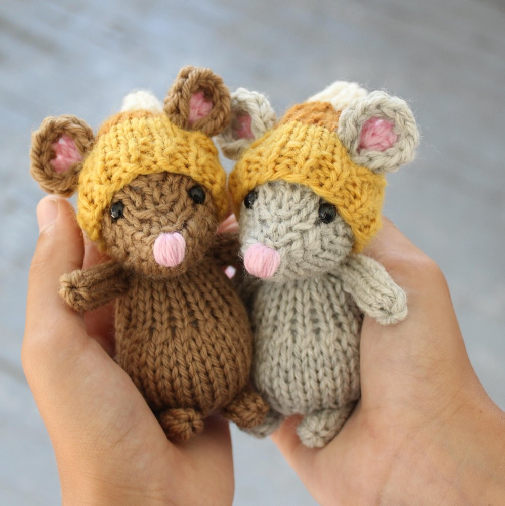 The Quiet Little Mouse Knitting Pattern By Rachel Borello