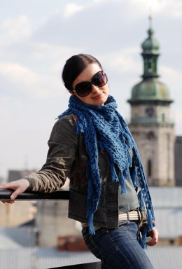 Blue Jeans Baby crochet triangular scarf with fringe