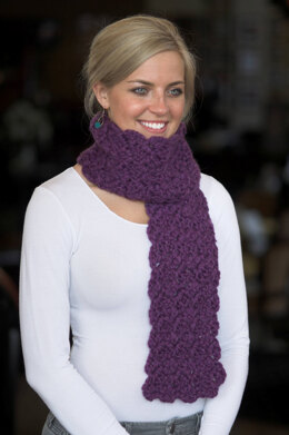 Crochet Scarf in Plymouth Yarn De Aire - F366