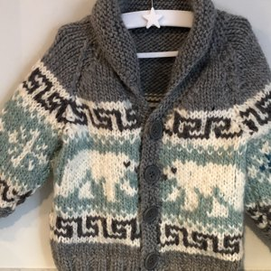 9c92ea12350d Baby cowichan sweater with bunnies and hedgehog knitting project by ...