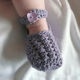 Lavender Lacy Baby Shoes