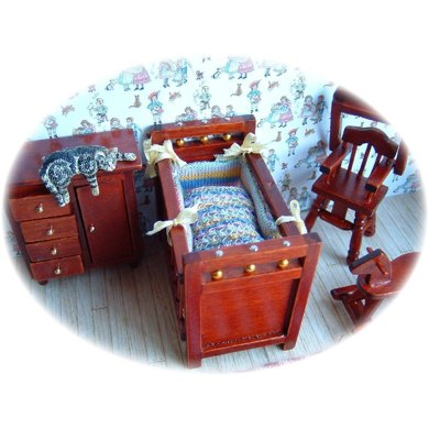 1:24th scale Baby bonnet and cot set