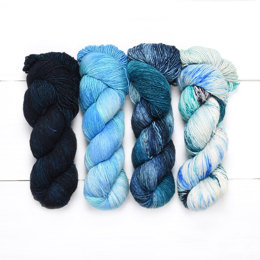 Zen Yarn Garden Serenity Silk Single 4 Ball Color