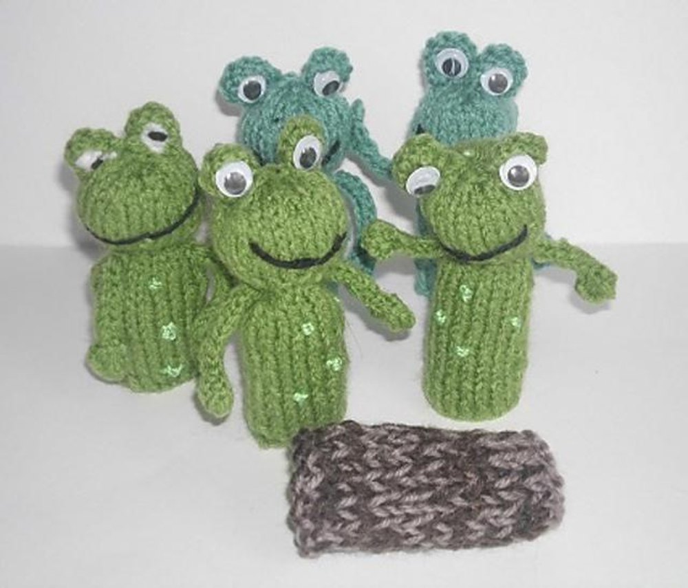 Cable Mittens Knitting Pattern : Frog Finger Puppet Knitting pattern by Hennie Knitting Patterns LoveKnitting