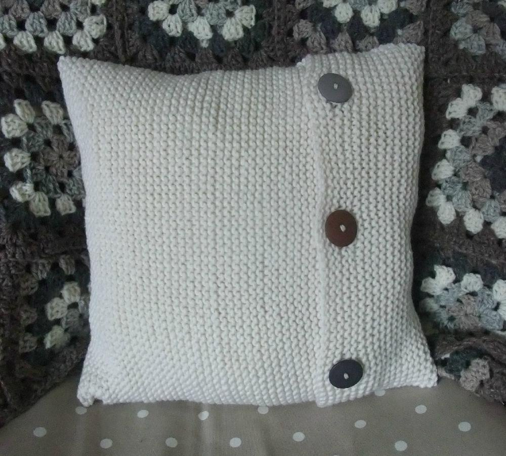 Simple Cushion Cover Knitting pattern by Buzybee ...