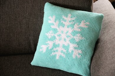Pillow cover snowflake