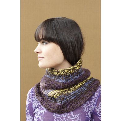 Cross River Cowl in Lion Brand Cotton-Ease - 90575AD
