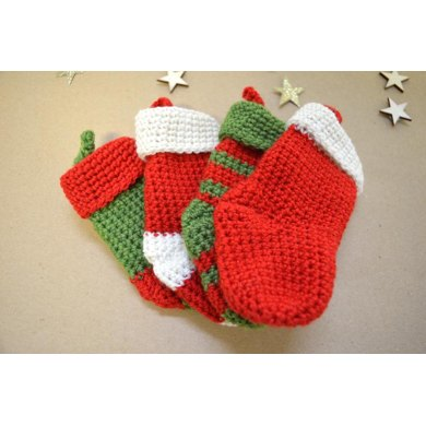Mini Christmas Stockings Crochet Pattern By Megapeachy Designs
