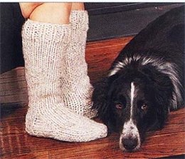 Crochet Cottage Slipper Socks in Lion Brand Wool-Ease Thick & Quick - 578-c