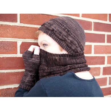 Beorn Cowl and Scarf (DK)