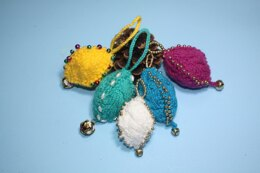 Beaded Cable Christmas Ornaments