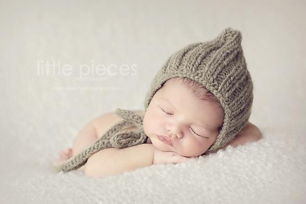 10 Newborn knitted pixie hat Knitting pattern by Monkey Moo Moo ... 019bc343822