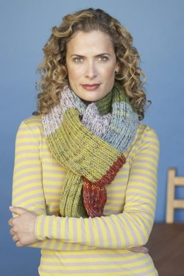 Kaleidoscope Colors Scarf in Lion Brand Wool-Ease and Sock-Ease - 81047AD