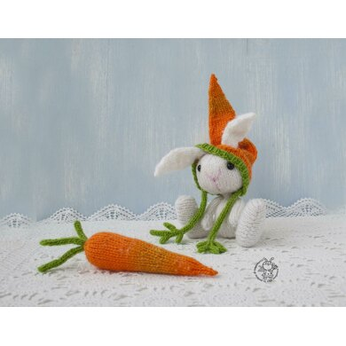 Easter Bunny and carrot