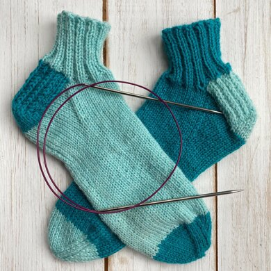 Your first sock using the magic loop - a workshop