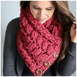 Caitlin's Cabled Cowl