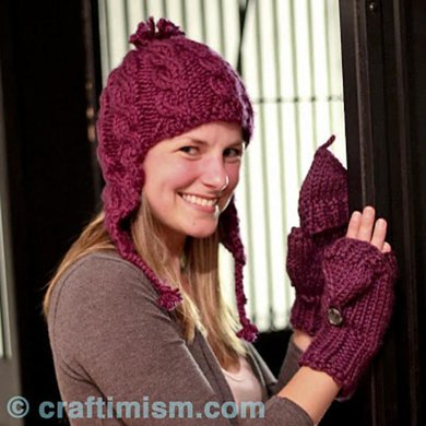 Bulky Cabled Hat with Earflaps
