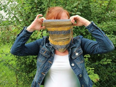 Striping Cowl
