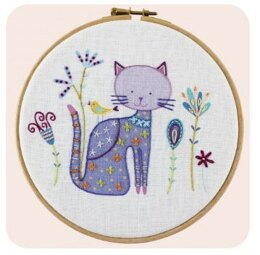 Un Chat Dans L'Aiguille Ying the Cat Contemporary Embroidery Kit - Multi