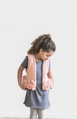 Lucky Loop Vest in Spud & Chloe Outer - 201716 - Downloadable PDF