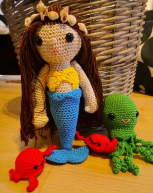 Molly the mermaid and friends