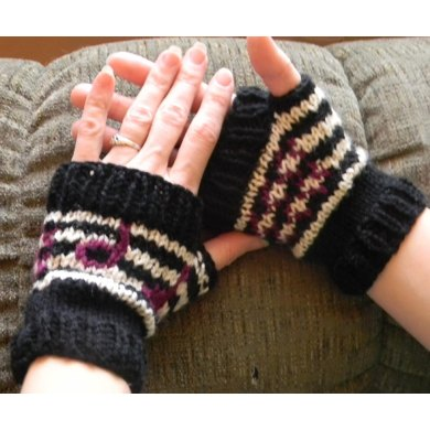Peaceful Rhythm Fingerless Mitts