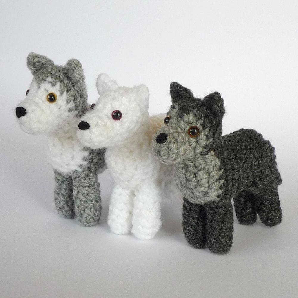 Little Wolf / Amigurumi | 1000x1000