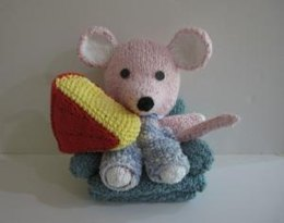 Knitkinz Mouse and Cheese