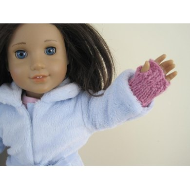 Super-Easy Doll Handwarmers