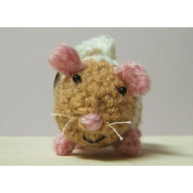 Henrietta the Hamster key chain