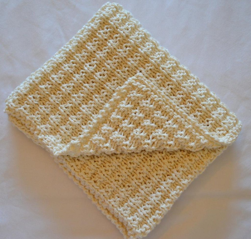 Simple waffle baby blanket knitting pattern by daisy gray knits simple waffle baby blanket zoom bankloansurffo Choice Image